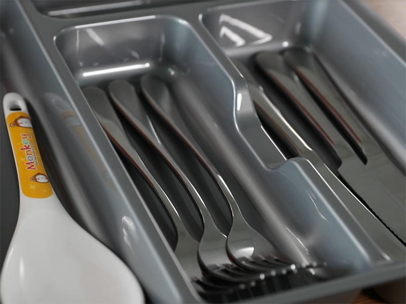 Plastic Products Manufacturer China Kitchen Knife and Cutery Tray